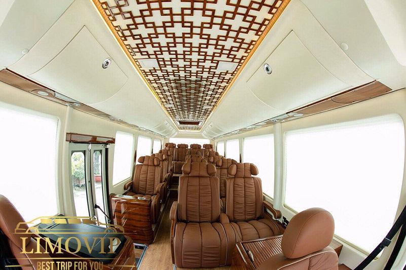 Thuê Xe Limousine 17 Chỗ [Giá Rẻ Nhất 2020] Tại TPHCM